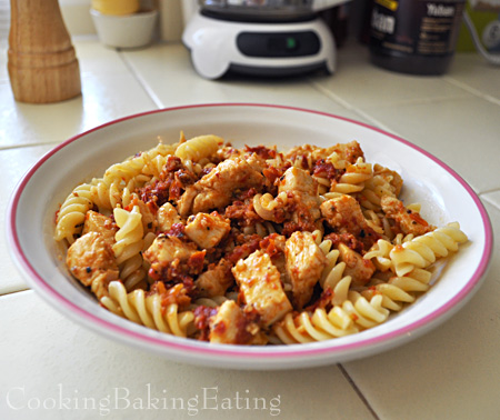 Sun Dried Tomato Pesto With Chicken And Pasta